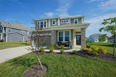 15414 FOREST GLADE DR, Fishers, IN 46037 - Photo 1