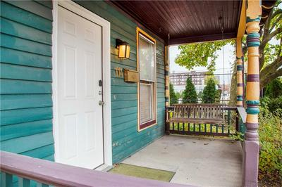 114 E 9TH ST, Indianapolis, IN 46202 - Photo 2