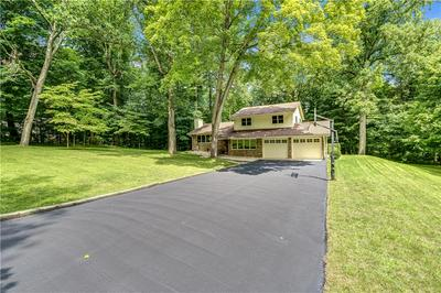 2990 COUNTRY CLUB CT, Martinsville, IN 46151 - Photo 1