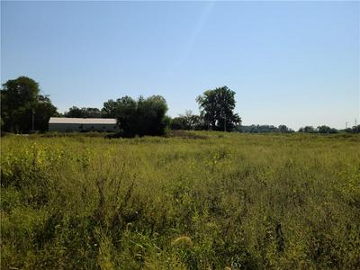 5175 S COUNTY ROAD 390 W, Connersville, IN 47331 - Photo 2