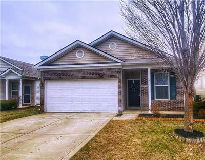4219 HOVENWEEP DR, Indianapolis, IN 46235 - Photo 2
