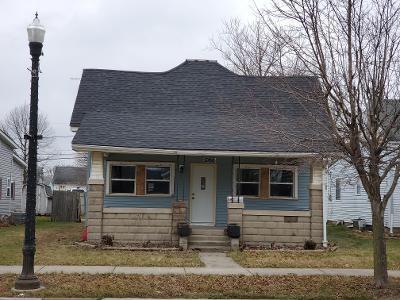 706 N ANDERSON ST, Elwood, IN 46036 - Photo 1