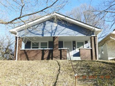 2739 N DEARBORN ST, Indianapolis, IN 46218 - Photo 1