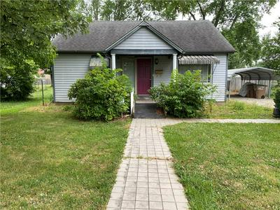 3025 15TH ST, Columbus, IN 47201 - Photo 1