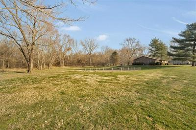 6754 N GRAY RD, Mooresville, IN 46158 - Photo 2
