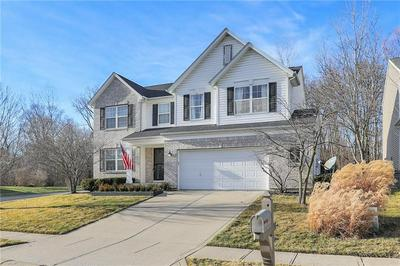 11819 GATWICK VIEW DR, Fishers, IN 46037 - Photo 2