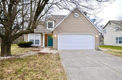 11142 BAYCREEK DR, Indianapolis, IN 46236 - Photo 2