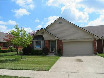 2923 COLONY LAKE WEST DR, Plainfield, IN 46168 - Photo 2