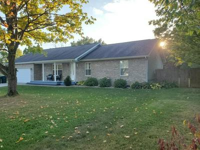 1413 WEST STOCKPORT DRIVE, Muncie, IN 47304 - Photo 2