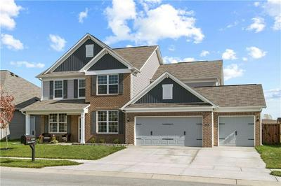 4355 SPIREA DR, Plainfield, IN 46168 - Photo 2