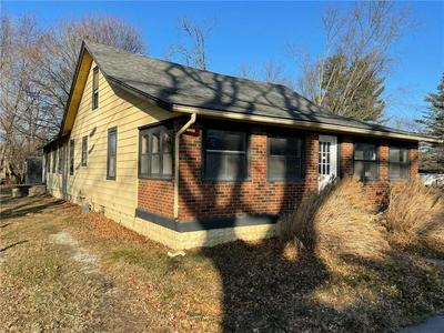 9140 KEY LN, Indianapolis, IN 46234 - Photo 2