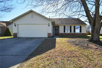 1449 COUNTRY POINTE DR, Indianapolis, IN 46234 - Photo 1