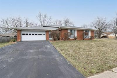 9204 STARDUST DR, Indianapolis, IN 46229 - Photo 2
