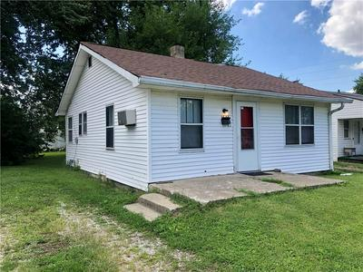 1646 N SOMERSET AVE, Indianapolis, IN 46222 - Photo 2