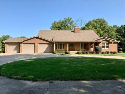 3340 W CARR HILL RD, Columbus, IN 47201 - Photo 1