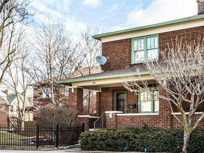 935 N EAST ST, Indianapolis, IN 46202 - Photo 2