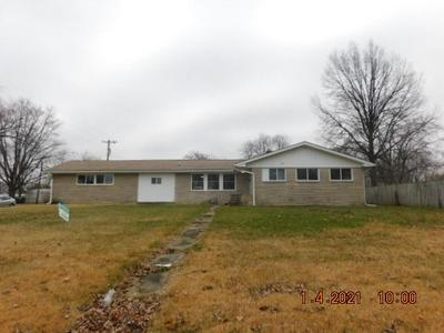 4404 COLUMBUS AVE, Anderson, IN 46013 - Photo 1
