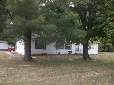 216 LAZY RIVER RD, Cloverdale, IN 46120 - Photo 2