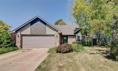 1496 SANNER DR, Greenwood, IN 46143 - Photo 2