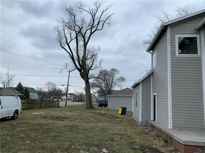 326 S RANDOLPH ST, Indianapolis, IN 46201 - Photo 2