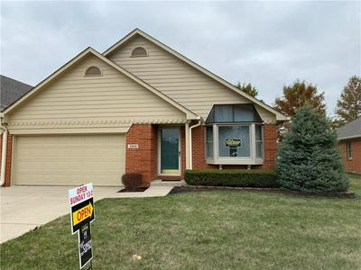 2959 COLONY LAKE EAST DR, Plainfield, IN 46168 - Photo 1