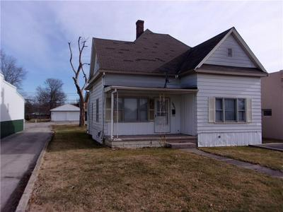 1421 S ANDERSON ST, Elwood, IN 46036 - Photo 1