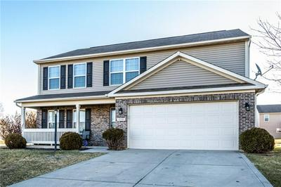 3735 PURSLEY LN, Indianapolis, IN 46235 - Photo 2