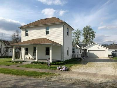 126 E JOHNSON ST, Morristown, IN 46161 - Photo 1