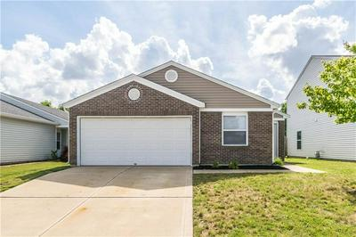 1724 FEATHER REED LN, Greenwood, IN 46143 - Photo 1