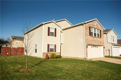 9220 WANDFLOWER DR, Indianapolis, IN 46231 - Photo 2