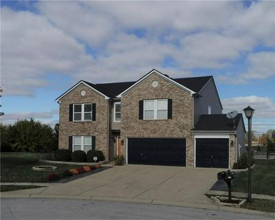 9206 PRINCETON CIR, Plainfield, IN 46168 - Photo 2