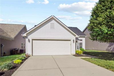 1050 WENDOVER AVE, Westfield, IN 46074 - Photo 2
