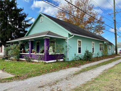 140 N ST CLAIR ST, Martinsville, IN 46151 - Photo 2