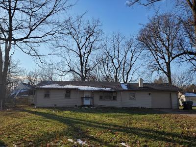 715 NURSERY RD, Anderson, IN 46012 - Photo 2