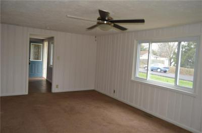 8162 N 700 W, Fairland, IN 46126 - Photo 2