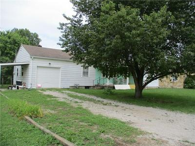 310 E SOUTH ST, Martinsville, IN 46151 - Photo 2