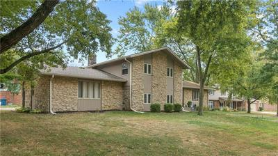647 MULFORD CT, Indianapolis, IN 46234 - Photo 2