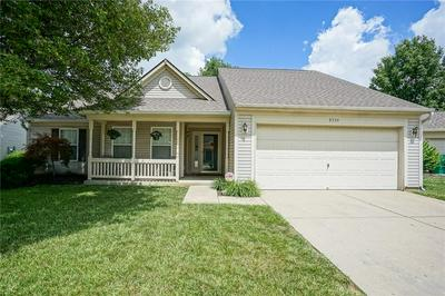8534 MORGAN DR, Fishers, IN 46038 - Photo 1