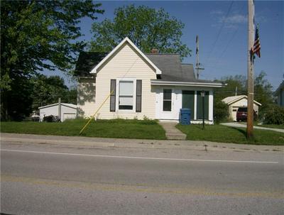 420 S MAIN ST, Summitville, IN 46070 - Photo 2