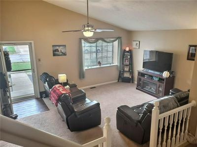 1630 WRENWOOD DR, Columbus, IN 47201 - Photo 2