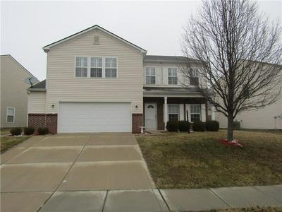 10422 BELLCHIME CT, Indianapolis, IN 46235 - Photo 1