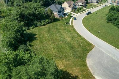 10619 GEIST VIEW DR, McCordsville, IN 46055 - Photo 2