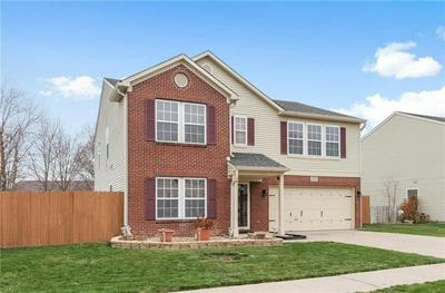 10210 TOURNON DR, Fishers, IN 46037 - Photo 2