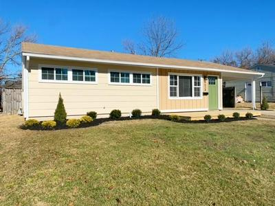 6624 BROOKHAVEN DR, Indianapolis, IN 46226 - Photo 1