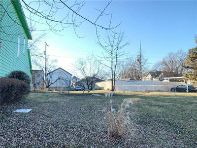 2034 CARROLLTON AVE, Indianapolis, IN 46202 - Photo 2
