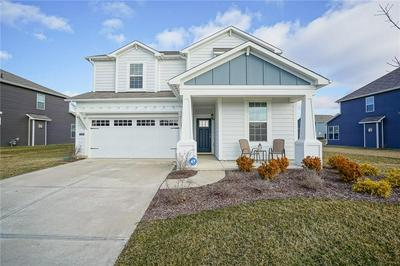 15398 FOREST GLADE DR, Fishers, IN 46037 - Photo 1