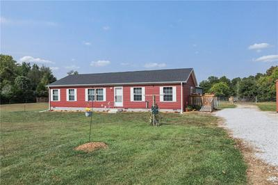 316 NAST CHAPEL RD, Martinsville, IN 46151 - Photo 2