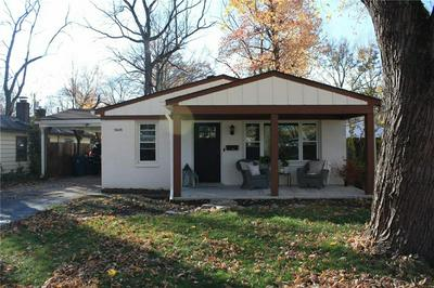 5648 INDIANOLA AVE, Indianapolis, IN 46220 - Photo 2