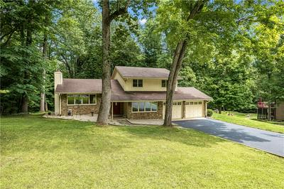 2990 COUNTRY CLUB CT, Martinsville, IN 46151 - Photo 2