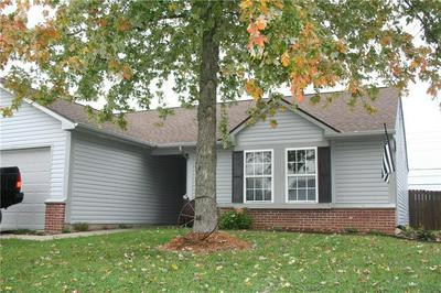 8089 SUNSET CT, Columbus, IN 47201 - Photo 1